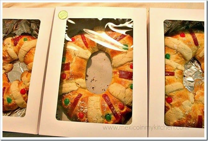 Roscas de Reyes-Three Kings Bread, I had some many request for this bread, that I started to sell them 2 years ago.  You can find the recipe with easy step by step photos to make it at home. Enjoy!