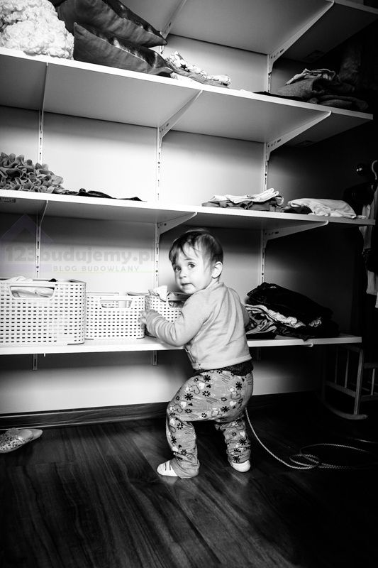 garderoba, półki w garderobie, zabudowa szafy szafa wnękowa, półki - Dziecko, Julcia, Lustro, Garderoba, Szafa, Półka, Zabudowa Szafy, Zabudowa Garderoby