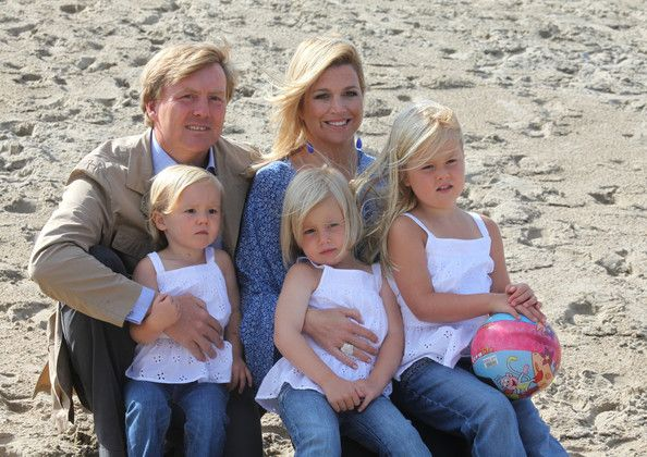 Crown Prince Willem Alexander & Princess Maxima with Ariane, Alexia and Amalia , July 20, 2009