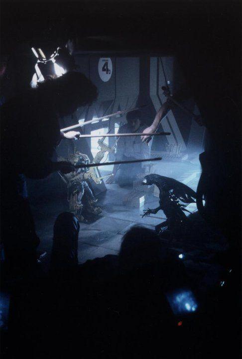 Miniatures FX work on the set of AliensWizards, Miniatures Fx, Scene Pics, Fight Scene, Aliens