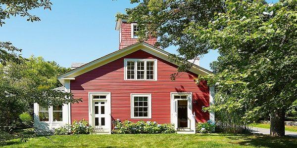Fabulous Exterior Paint Colors with 18th-Century Schoolhouse