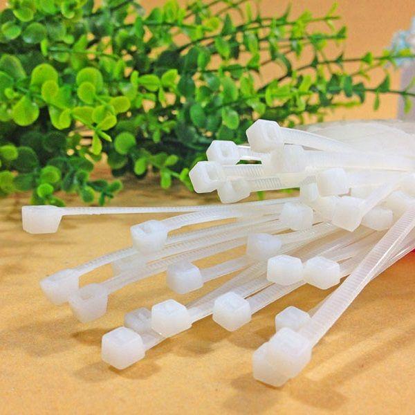 Купить товар100 шт. оптовая продажа 0.3 мм * 100 мм белый цвет самоконтрящаяся пластиковых нейлоновые кабельные стяжки застежка молния провода галстук бесплатная доставка CDQ0012 в категории Кабельные стяжкина AliExpress.             100 шт. оптовая 0.3 мм * 100 мм белый цвет Самоконтрящиеся Пластиковые кабель Нейлон Кабельные стяжки