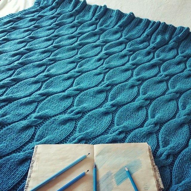 #Dayamarina #handmade #knitblanket #knitting #knitstagram #home #interior #exclusive #color #style #Маринкины_проделки #ручная_работа #вязание #вязаныйплед #бирюзовый #дом #стиль #интерьер