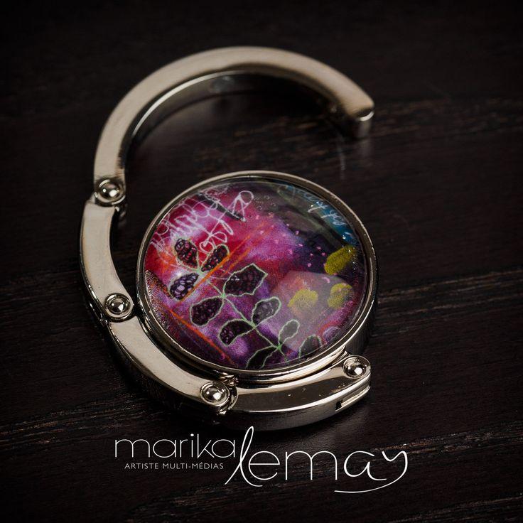 Crochet pour sac à main floral mauve, accroche-sac à main par Marika Lemay artiste mixed media de la boutique MarikaLemayArtiste sur Etsy