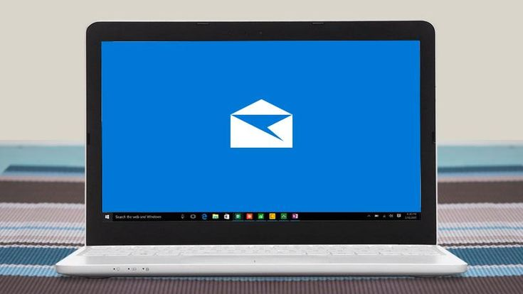Wanna set up an Out of Office reply in Windows 10 Mail as you're going to travel without your laptop? Use this guide to get it done.