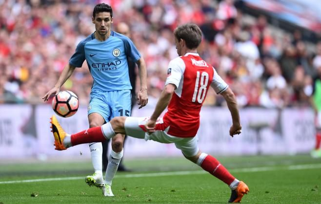 #rumors  Transfer new: Jesus Navas set for talks over Sevilla return with Newcastle deal looking unlikely