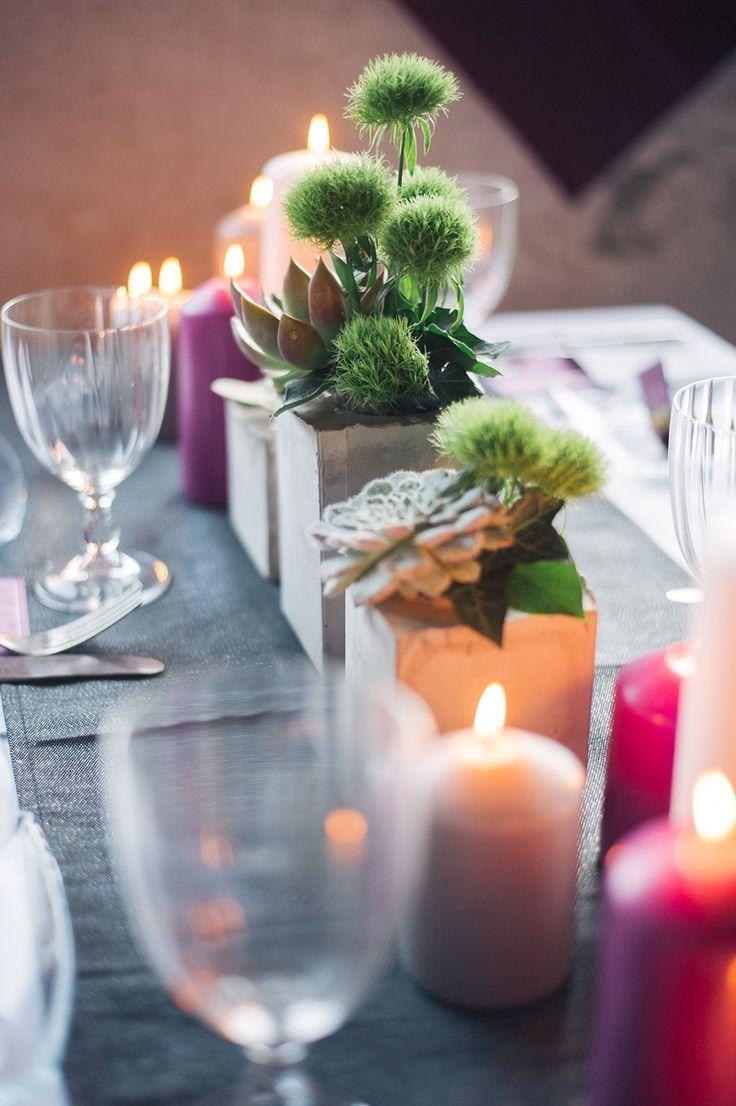 Hochzeitsdekorationen Blockkerzen und Kaktus