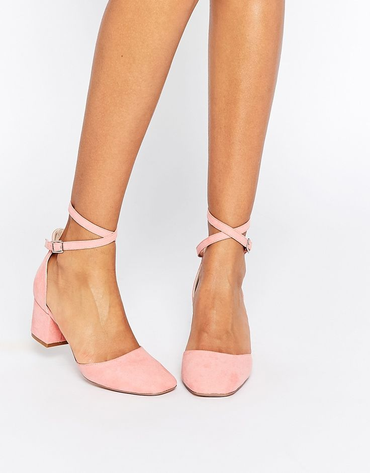 Those are a pair i could walk in! But maybe in black, with closed sides and mary jane-like straps