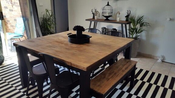Revamped hardwood table ❤