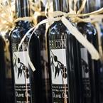 Vineyard Weddings - Winery Weddings: Olives Oil, Olive Oils, Wedding Photo, Real Wedding, Oil Favors, Favors Ideas, Vineyard Wedding, Wine Bottle Favors, Edible Favors