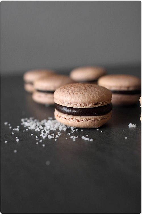 macaron chocolat fleur de sel (similar to the ones my cousin made for my baby shower!)