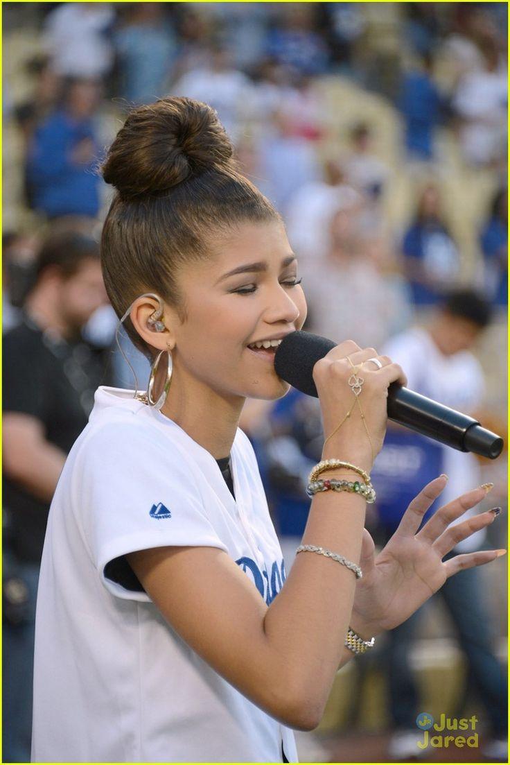 10 Worst National Anthem Performances Ever - Billboard