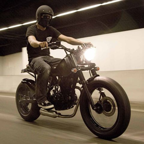 58 besten moto yamaha tw 125 custom bilder auf pinterest autos cafe racer und projekte. Black Bedroom Furniture Sets. Home Design Ideas