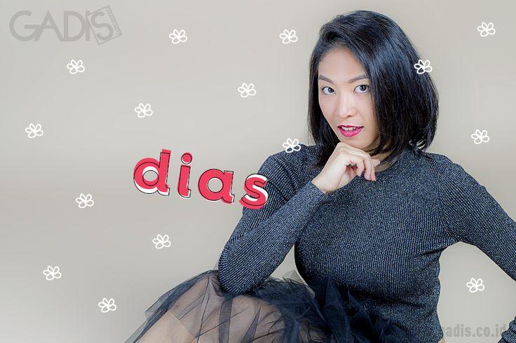 Buat kamu penggemar musik Jazz, kenalin cewek cantik yang baru saja menjajaki dunia musik Jazz Indonesia. Ingin tahu lebih lanjut? klik disini http://www.gadis.co.id/musik/dias-pendatang-baru-di-dunia-jazz-