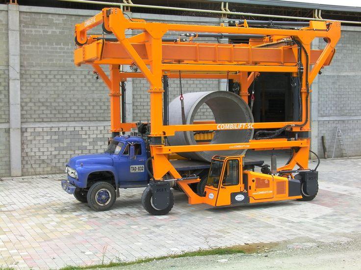 Combi-SC3 handling concrete pipes