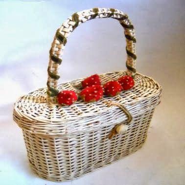 deliziosa e appettibile borsa di midollino intrecciata. Naturalmente made in USA
