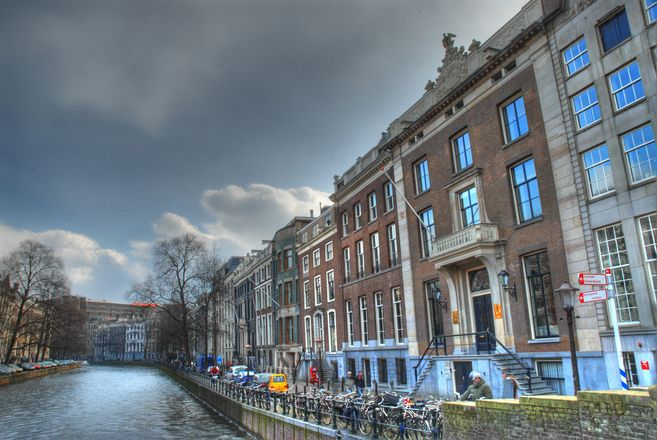 GROZA Erfpachtersclub daagt gemeente Amsterdam voor rechter om referendum http://www.groza.nl www.groza.nl, GROZA