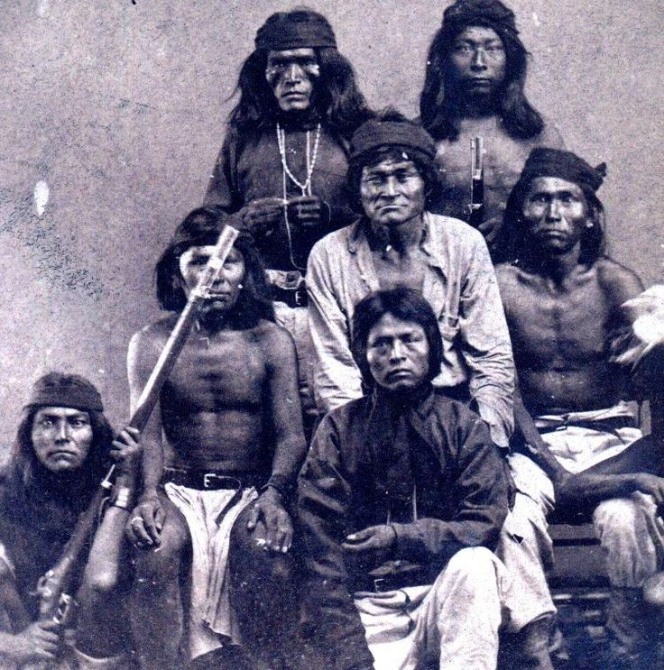 Chiracahua Apache Warriors, c. 1890 A-Group-of-White-Mountin-Apache - In front, Apache Kid
