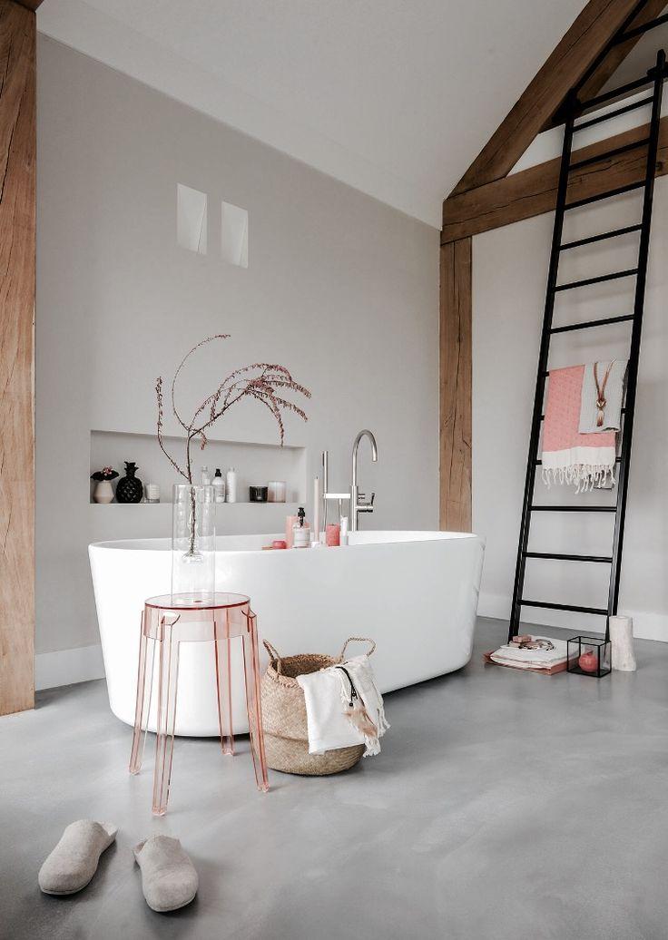 25 beste idee n over vrijstaand bad op pinterest badkamer kuipen vrijstaande badkuip en - Badkamer muur tegels porcelanosa ...