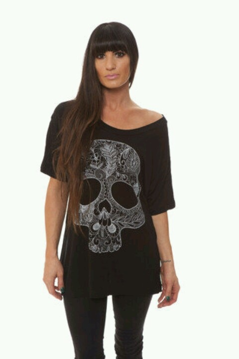 The fact that this is Katelynne Quinn modeling for Kellin's clothing line {Anthem Made} makes it even better ♥