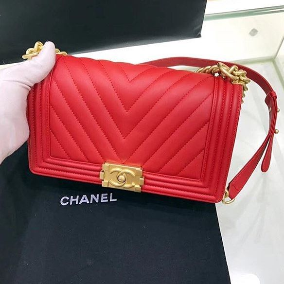 NOT AUTHENTIC ONLY THE QUALITY We ship internationally for customers in US and Europe   #prada #qatar #gucci #woman #fashion #hermes #billionaire #bestseller #paris #kuwait #luxurious #italy #dior #usa #dubaifashion #womensfashion #hermeslover #newyork #dubai #luxury #fashionblogger #givenchy #dolcegabbana #personalstylist #chanel #louisvuitton #fendi #ysl #personalshopper #ootd