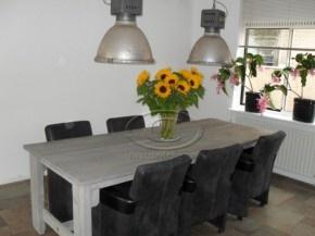 Twizziedesign steigerhout tafels voor binnen, in diverse afmetingen en kleuren verkrijgbaar