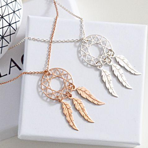 Biżuteria z łapaczem snów. Kup na: https://laoni.pl/srebrny-naszyjnik-lapacz-snow #łapaczsnów #srebrny #złoty #zawieszka #łańcuszek