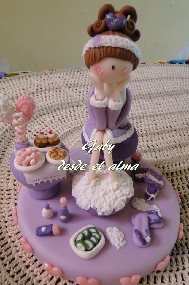 Baño Porcelana fria, pasta francesa, masa flexible, fimo, polymer clay, porcelain froid, modelado, figurine