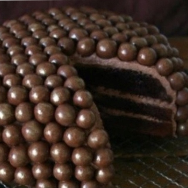 Whoppers cake----- I think I would have the sanity to make whopper cup cakes, but no way I could do it on a whole cake.