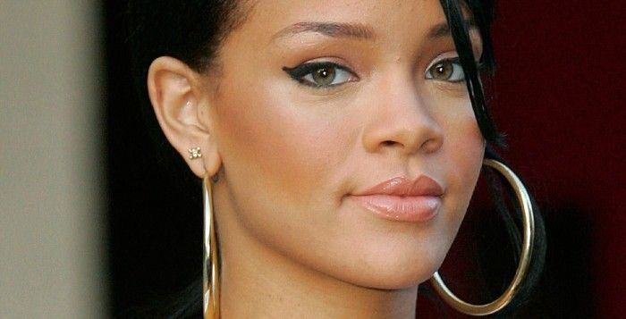 Rihanna caught red-handed making love with Travis Scott ( Photos)