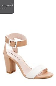 BUCKLE BLOCK HEEL