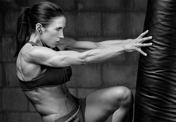 Ladies, you can walk the fine line between increasing muscle tissue while reducing body fat. Here's how!