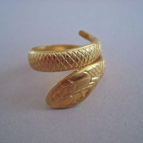 verkopers.marktplaats.nl/7443487 Vintage 60's 70's bohemian Slang slangen ring goud klr.