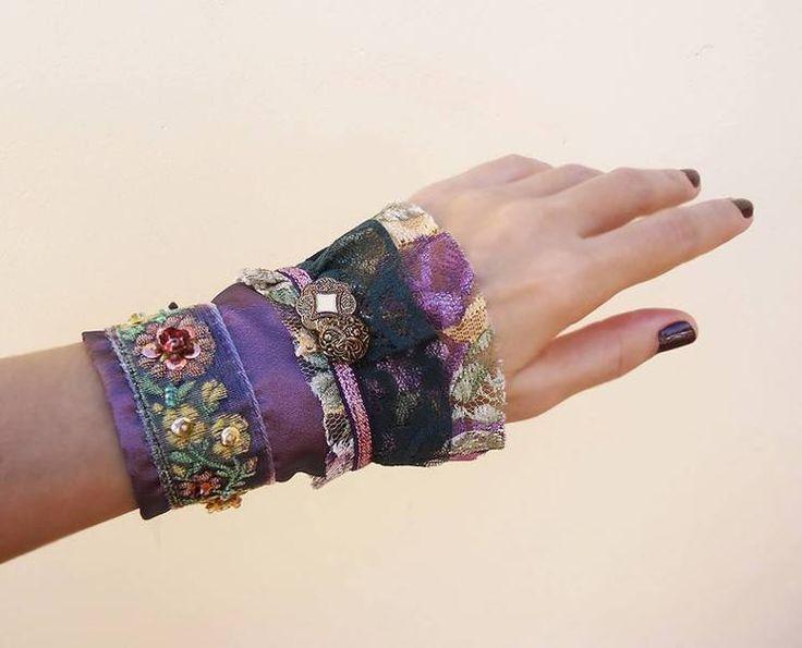 Viktorian Lace Manschette Vintage Stoff von LavenderStudio auf DaWanda.com