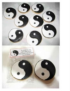 Yin-Yang Cookies by Cristin's Cookies