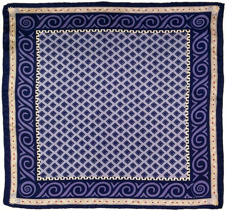 Fabric : 100% Pure Silk Type   : Foulard 7m/m Print   : digital Hand-rolled edges Dimensions  : 50x50cm / 19''x19'' Theme : Ancient Greek Motifs 17-50-133 Durk Purple-Beige
