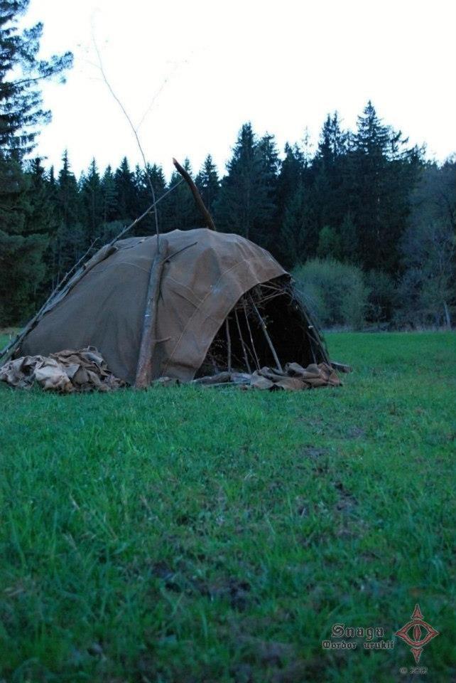 Als het in de setting past kan je ook creatief zijn en hutten en dergelijke maken. Leuk voor meer primitieve rollen.