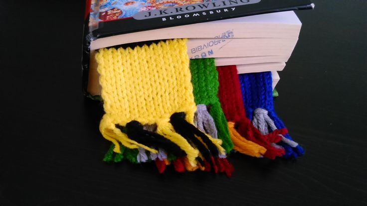 Harry Potter hand-knitted bookmark scarves, all 4 houses scarf-pack!