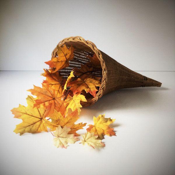 Vintage Wicker Cornucopia Basket, Woven Wicker Horn of Plenty,... ($15) ❤ liked on Polyvore featuring home, home decor, small item storage, cornucopia basket, woven baskets, fall centerpieces, fall home decor and wicker baskets