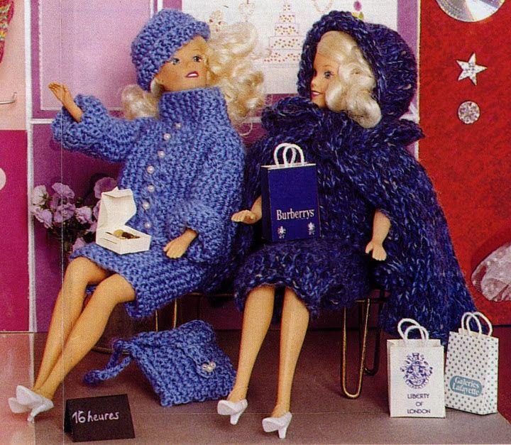 Manteaux et ensemble pour poupée Barbie Beaucoup de classe pour ces deux ensembles pour Barbie au tricot... Elle pourra faire son shopping en ayant bien chaud .... Barbie fait du shopping