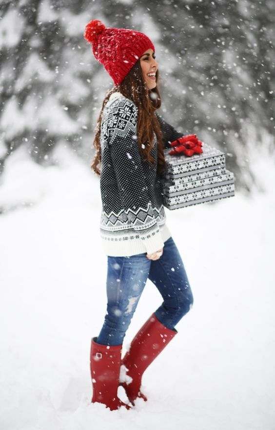 Perfect Holiday look!  Grey sweater with small snowflakes, red knit hat and red original Hunter boots.