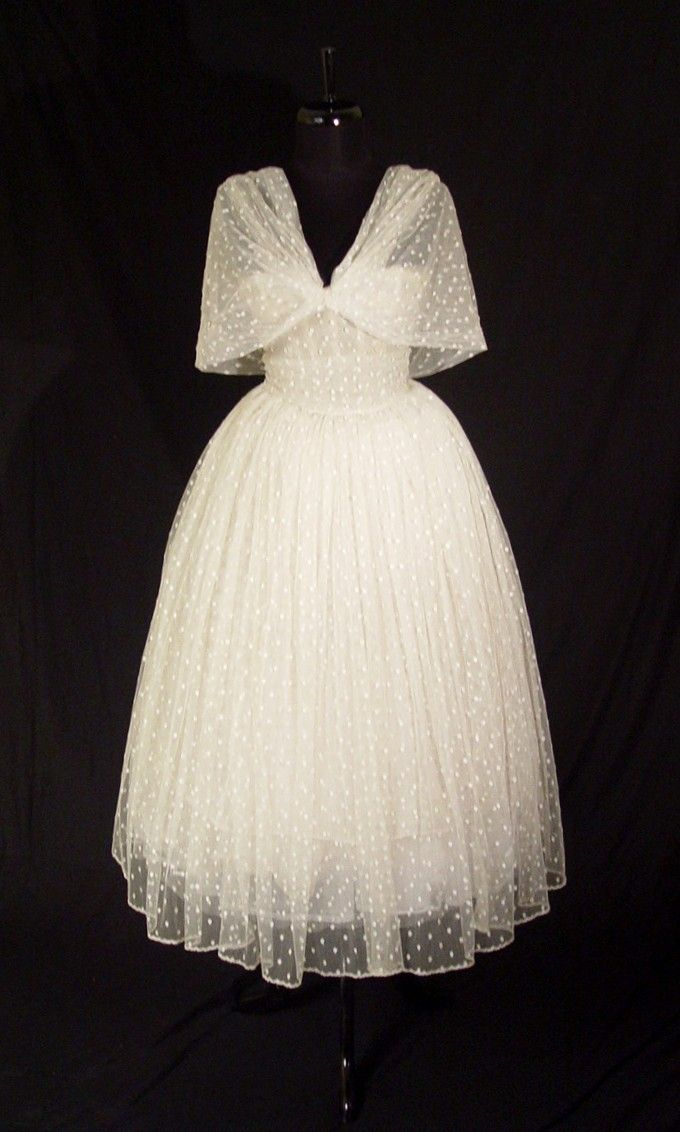 Item 30129 Christian Dior Haute Couture Gown 1957 at HeavenofGowns com Vintage Dior Paris Couture Dress Gown This is an exceptional opportunity to acquire a fine rare Christian Dior Paris haute co - Stylehive