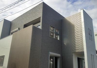 アルミ手摺設置事例(縦格子部分)森田アルミ工業株式会社