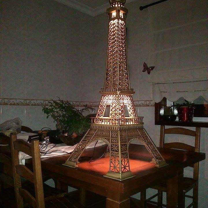 Torre Eiffel  Madeira de cerejeira 1,7m 750€