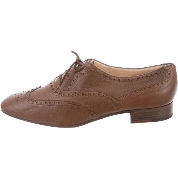 Pre-owned Manolo Blahnik Wingtip Brogue Oxfords ($125) ❤ liked on Polyvore featuring shoes, oxfords, brown, brown wingtip oxfords, wingtip oxfords, wing tip oxfords, brown oxfords and brown leather brogues