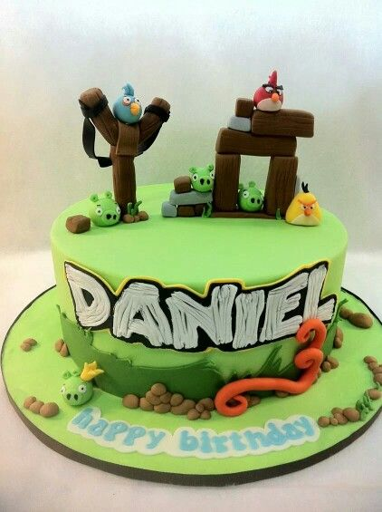53 best ANGRY BIRDS Fondant Cake images on Pinterest Angry birds