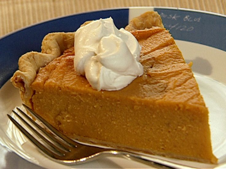 Calley's Sweet Potato Pie recipe from Down Home with the Neelys via Food Network