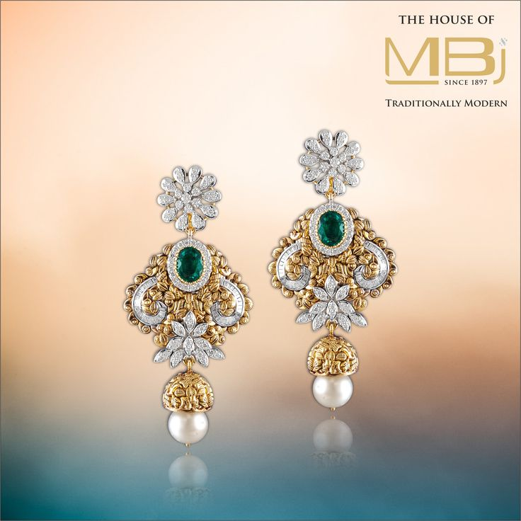 Delve deep into the exquisite beauty of pristine jewellery.