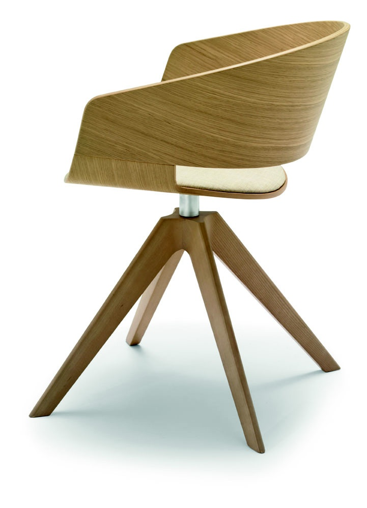New Ronda by ANDREU WORLD. Side seating for private offices or reception areas! #officechair #design