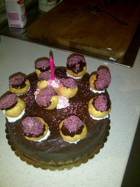 Mascarpone and chocolate bignè birthday cake #pink elegant cake - torta di compleanno cioccolato e mascarpone rosa